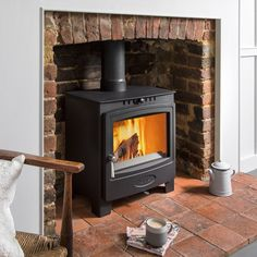 Hamlet Solution 5 Widescreen (S4) stove - Arada Stoves Solid Fuel Stove, Wood Fuel, Stoves, Home Appliances, House Appliances, Firewood, Skillets, Stove, Appliances