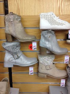 High top boots. High Top Boots, High Tops, Flip Flops, Booty, Ankle, Sandals, Lady, Shoes, Fashion