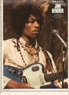 Jimi Hendrix - Do you think there is something wrong with this photo Ziggy Stardust plays the guitar Left Hand Jimi Hendrix Quotes, Jimi Hendrix Live, Jimi Hendrix Guitar, Jimi Hendrix Poster, Joan Baez, Joan Jett, Ying Gao, Psychedelic Music, Joe Cocker