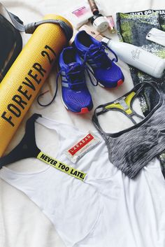 What to Pack in Your Gym Bag #fitness