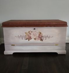 Refinished cedar chest with Rustoleum Chalk paint & Dixie Belle Mineral Paint. Prima re-design transfer. Rustoleum Chalked, Rustoleum Chalk Paint, Mineral Paint, Hope Chest, Storage Chest, Shabby, Diy Projects, Champagne, Painting
