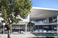 J House by Pitsou Kedem Architects (11)
