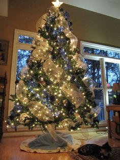 decorating a christmas tree with deco mesh | deco mesh blue white christmas tree simple | my apartment in New York