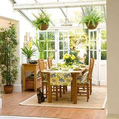 Make a dedicated dining area | Conservatory | PHOTO GALLERY | Ideal Home | Housetohome.co.uk