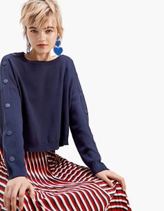 Cropped sweater with snap buttons - Knitwear | Stradivarius Romania
