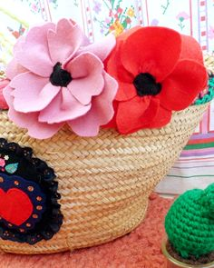 fleurs-feutrine-diy-mollie-makes