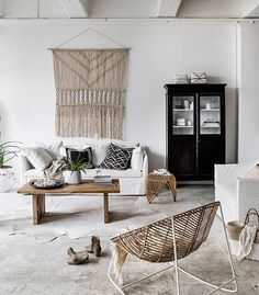 Beautiful Summer Styling with Indie Home Collective
