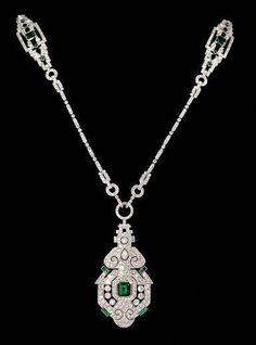 Art Déco platinum Diamond & Emerald Necklace