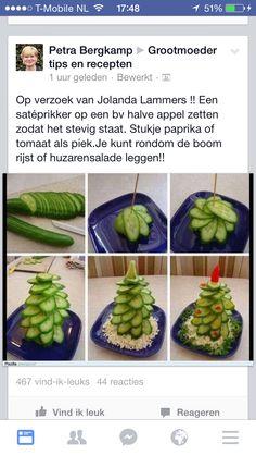 Kerstboom van komkommers