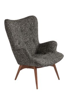 This chair looks so cozy & modern.
