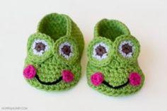 frog-baby-booties-crochet-pattern