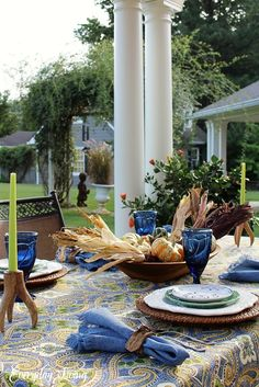 Tablescape Tuesday: A Happy Harvest