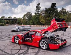 When you are already blown away by a stunning and a McLaren LM turns up 😳 Two legendary heavyweights👌🏻 Ferrari F40, Maserati, Weird Cars, Cool Cars, Pretty Cars, Mclaren F1, Car Photos, Trucks, Custom Cars