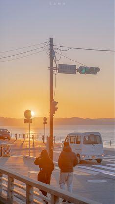 Aesthetic Pastel Wallpaper, Aesthetic Backgrounds, Aesthetic Wallpapers, City Aesthetic, Aesthetic Photo, Hayao Miyazaki, Minimalist Wallpaper, Summer Wallpaper, Aesthetic Drawing