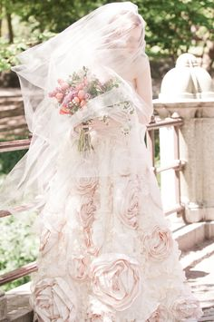 Sareh Nouri blush wedding dress, I've  always wanted a blush dress when I get  married, and I'm nuts for the lace...<3