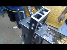 Interlocking Bricks, Industrial Machinery, Homemade Tools, Concrete Blocks, Making Machine, Welding Projects, Building A House, Stair Case, Youtube