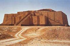 El templo Zigurat evidencia de la civilización mesopotámica Civiliwiki. (10 de 10 de 2016). Civiliwiki. Obtenido de https://civiliwiki.wikispaces.com/Mesopotamia 6:37