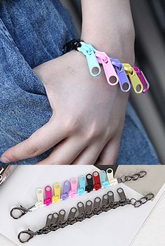 [bullang] : korean teenage girls fashion - Zipper Pull Bracelet $12.00