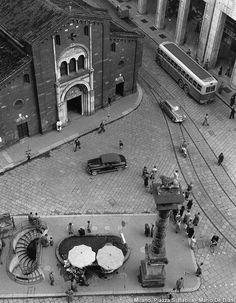 Italian Vintage Photographs ~ #Italian #Vintage #Photographs ~ Milano di Mario De Biasi