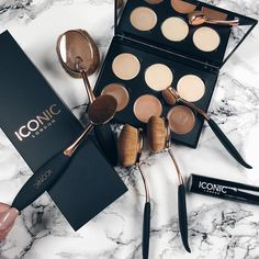 Can't wait to use this cream contour palette Evo brushes and strobing stick from @iconic.london. I've heard amazing reviews! Thank you so much @iconic.london