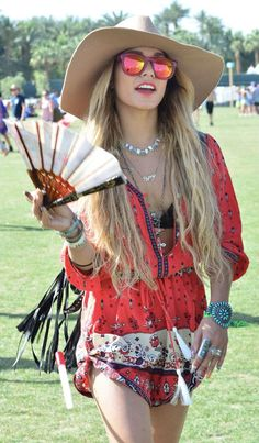 Hudgens - Coachella fashion 2014 -- her ensemble for Coachella is on point, every year.