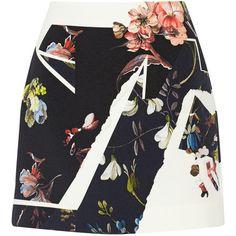 Erdem Mari floral-print crepe mini skirt (10,070 MXN) ❤ liked on Polyvore featuring skirts, mini skirts, bottoms, saias, faldas, mini skirt, short mini skirts, crepe skirt, floral print skirt and short skirts