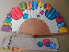 Diy And Crafts, Crafts For Kids, Arts And Crafts, Fancy Hands, Chinese Fans, Fan Decoration, Vintage Fans, Silk Painting, Craft Tutorials