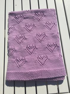 Crochet Borders, Free Crochet, Baby Knitting Patterns, Crochet Patterns, Baby Barn, Shark Socks, Drops Design, Knitting Projects, Kids And Parenting