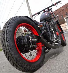 Yamaha SR XT photo of the day - part 2 Bobber Motorcycle, Bobber Chopper, Bowie Heroes, Mini Bike, My Ride, Custom Bikes, Yamaha, Bubble, Vehicles