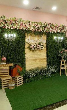 Wedding Stage Backdrop, Wedding Backdrop Design, Desi Wedding Decor, Rustic Wedding Backdrops, Wedding Stage Decorations, Simple Stage Decorations, Traditional Wedding Decor, Flower Wall Wedding, Florists
