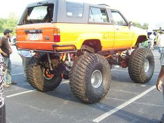 TOYOTA 4RUNNER  - DUDE