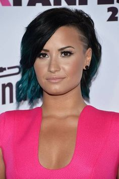 Love the hair and make up and everything - Demi Lovato attends the Vevo Certified SuperFanFest presented by Honda Stage at Barkar Hangar