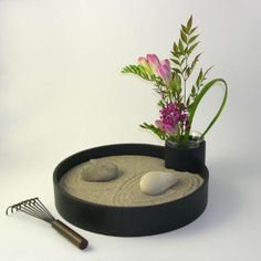 ikebana desktop sand garden i really need this on my desk