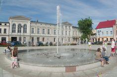 """""""Tańcząca fontanna"""" na wągrowieckim Rynku. #wagrowiec #wielkopolska #polska #poland #fontanna #rynek #wągrowiec"""