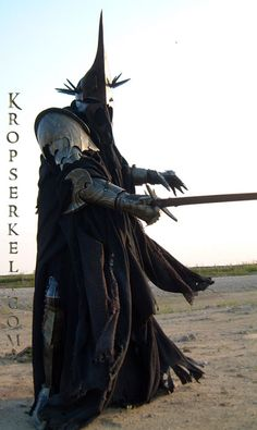 Kropserkel: Dark Rider Nazgul WitchKing costume and armor - this guy does amazing work