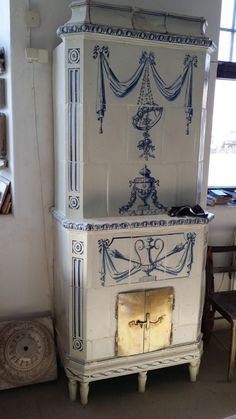 Gustaviansk Swedish Cottage, Swedish Decor, Swedish Style, Swedish Design, Scandinavian Design, Antique Interior, Home Interior, Swedish Interiors, Grey Kitchens