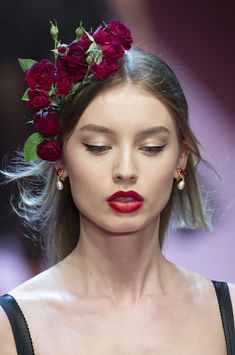 Dolce & Gabbana at Milan Fashion Week Spring 2018 - The Most Breathtaking Details From Milan's Spring 2018 Runway Collections - Photos