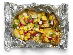 Get Foil-Packet Caribbean Chicken Recipe from Food Network Chicken Chorizo Recipe, Carribean Chicken, Chicken Recipes Food Network, Chicken Foil Packets, Dinner Recipes, Dinner Ideas, Meal Ideas, Food Processor Recipes, Main Dishes
