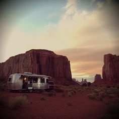 Airstream camping in Monument Valley. Monument Valley, Wanderlust Travel, Adventure Awaits, Adventure Travel, Road Trippin, Belle Photo, The Great Outdoors, Places To See, Cool Photos