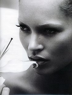 Glamazon: Kate Moss by Mert & Marcus for W Magazine UK, March 2005 #doserightup!