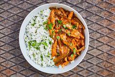 Tárkonyos sertésragu Pork Stew, Pork Meat, Goulash, Curry, Soup, Cooking, Ethnic Recipes, Kitchen, Street