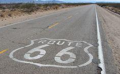 #Amerikaanse #roadmovie? Beleef het een keer zelf en rijd de enige echte #Route #66! Een geweldige ervaring, 2 of 3 weken onafhankelijk #touren van #Chicago naar #LosAngeles of andersom (ruim 3300 kilometer); je bepaalt zelf hoeveel kilometers je per dag rijdt. #Route #66, de #historische beroemde, veel bezongen weg, dwars door het echte #Amerika! Deze #tour door de vele #staten met #steden en #natuurparken bezorgen je het #vakantie gevoel. #route66 #wanderlust #travel #traveling #reisjunk
