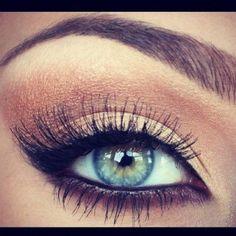 Eye makeup. by Miriam Zeilmann