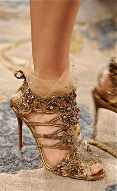 Custom Christian Louboutin shoes for Marchesa, sheer lace or tulle-like socks to wear with heels idea. Crazy Shoes, Me Too Shoes, Dream Shoes, Stilettos, High Heels, Mode Glamour, Zapatos Shoes, Shoes Heels, Nude Heels