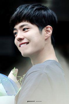 park bo gum 박보검 朴寶劍 do not edit/remove logo K Park, Park Go Bum, Love Park, Park Bo Gum Cute, Kim Yoo Jung Park Bo Gum, Korean Celebrities, Celebs, Park Bo Gum Wallpaper, Song Joong
