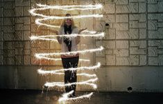 Sparkler photography tutorial-how to take good sparkler pictures! #photographytutorials