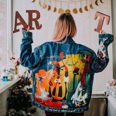 jacket Outfits Items similar to Hand painted jacket Custom jean jacket Festival clothing women Festival jackets women Painted clothing Painted jeans Hand Painted clothing on Etsy Painted Denim Jacket, Painted Jeans, Painted Clothes, Hand Painted, Distressed Denim, Festival Outfits, Festival Clothing, Custom Denim Jackets, Fabric Painting