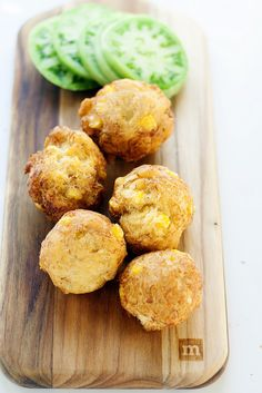 Crab and Corn Fritters. Delicious crab and corn fritters- the perfect small bite. Finger Food Appetizers, Yummy Appetizers, Finger Foods, Appetizer Recipes, Fish Dishes, Seafood Dishes, Fish And Seafood, Crab Recipes, Lunch Recipes