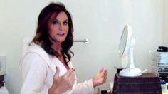 Transgender women support Caitlyn 'Bruce' Jenner using Vanity Fair cover Bruce Jenner, Kylie Jenner, Caitlyn Jenner Children, Kim Kardashian, Robert Kardashian, Kardashian Family, Kardashian Kollection, Award Acceptance Speech, Target