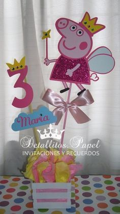 Peppa Pig Centerpiece centerpiece by Detallitospapel on Etsy Más Fiestas Peppa Pig, Cumple Peppa Pig, 4th Birthday Parties, Birthday Party Decorations, 2nd Birthday, Pig Birthday Cakes, Barbie, Pig Party, Creations